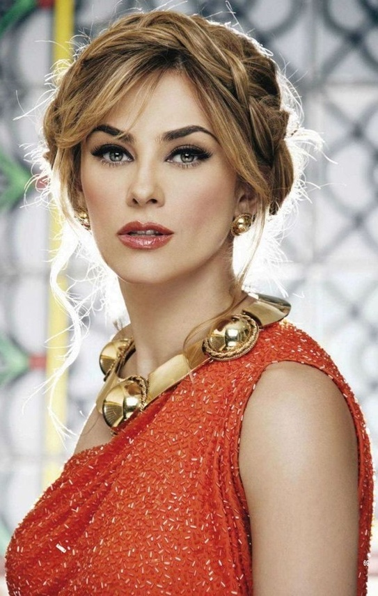Famous Bollywood Wedding Party Hairstyles Top Hit Fashion